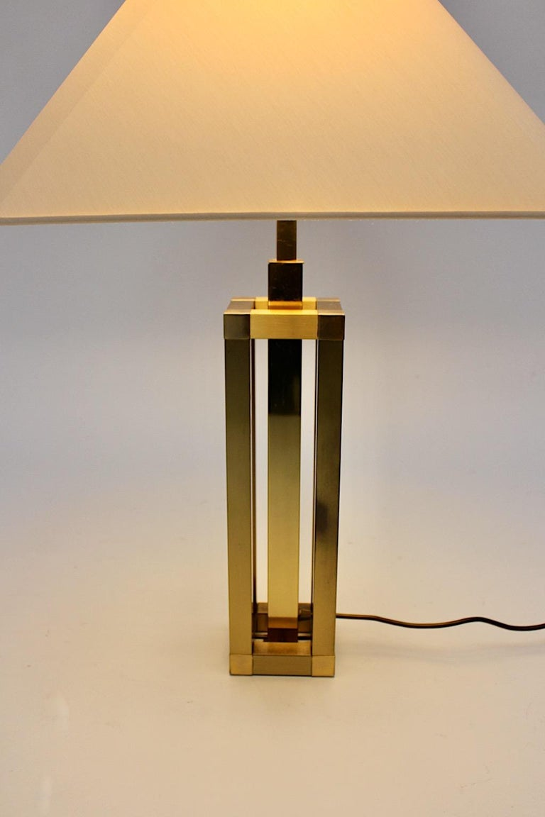 Metal Hollywood Regency Style Vintage Brass Table Lamp Romeo Rega Style, Italy, 1970s For Sale