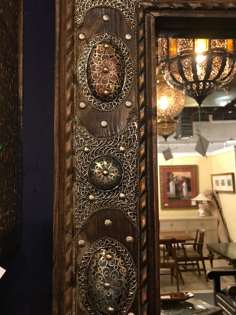 Hollywood Regency Style with Natural Stone and Brass Inlaid Hanging Wall Mirror For Sale 1