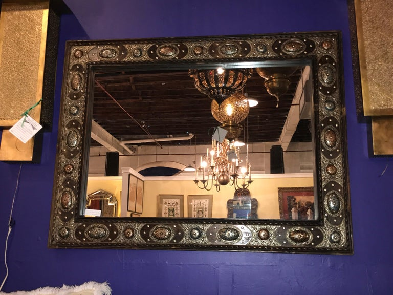 Hollywood Regency Style with Natural Stone and Brass Inlaid Hanging Wall Mirror For Sale 4