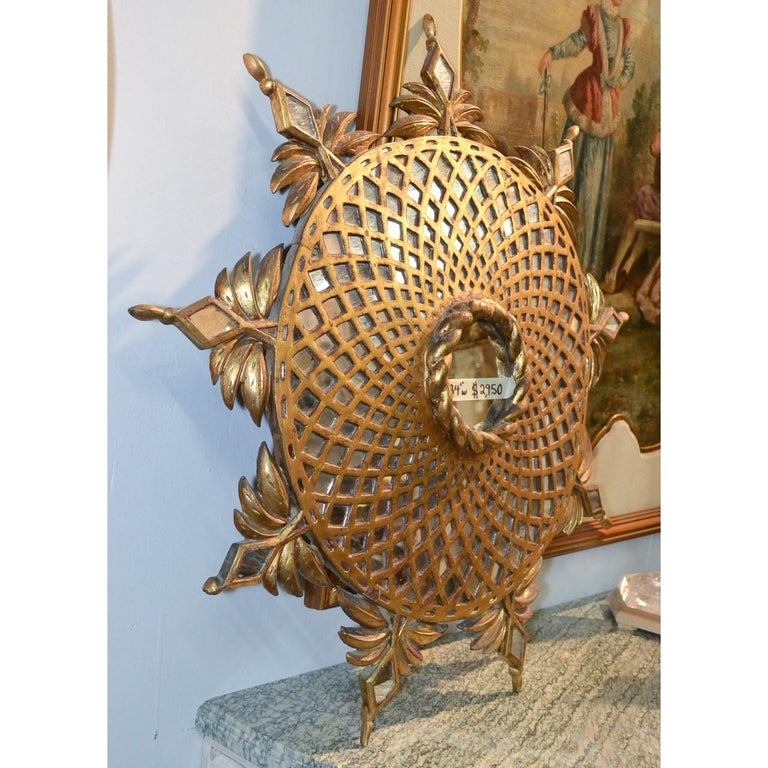 Hollywood Regency Sunburst Mirror, 1940s Italian In Good Condition For Sale In Dallas, TX