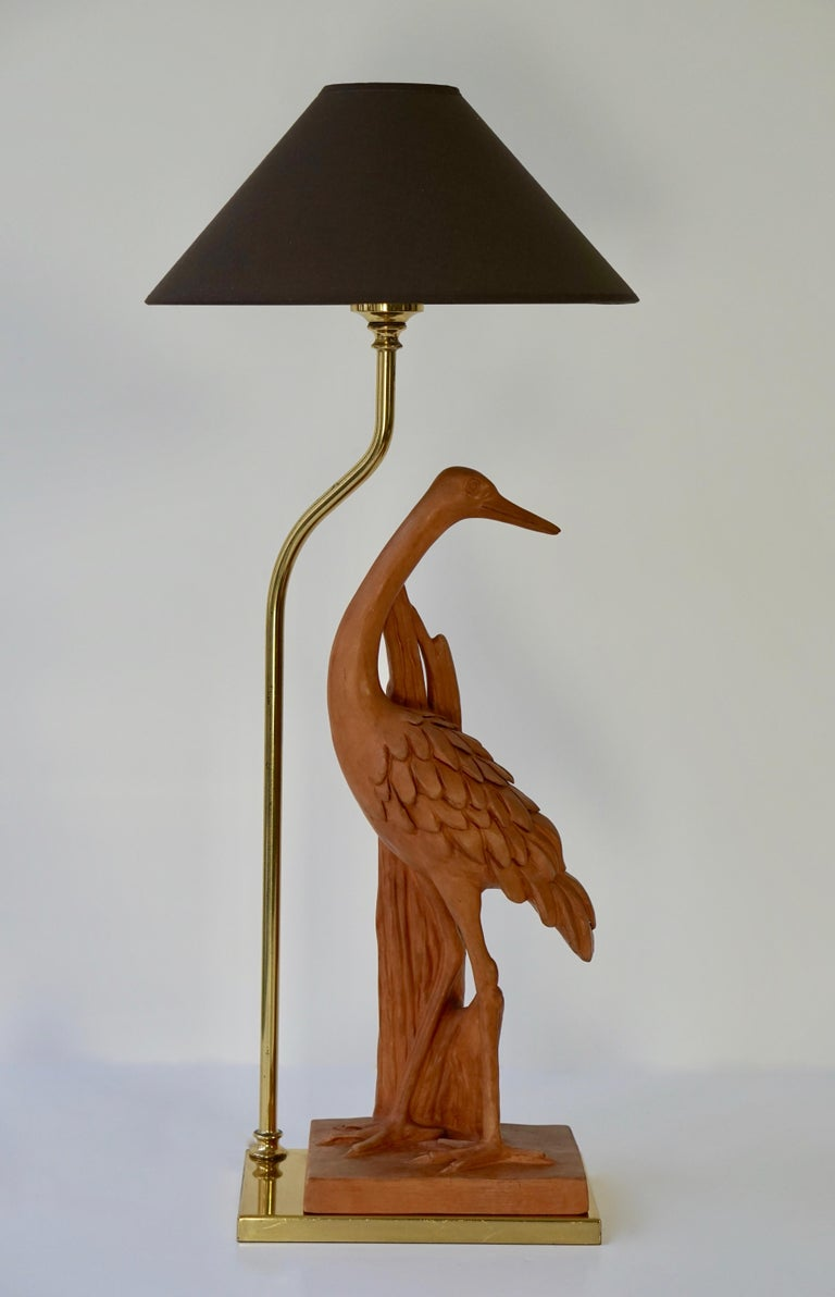 Hollywood Regency Terracotta and Brass Heron Table Lamp, Signed In Good Condition For Sale In Antwerp, BE