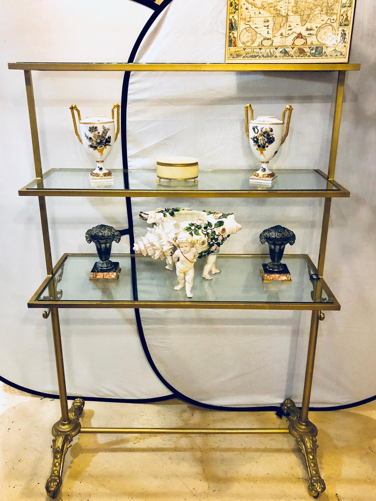 Hollywood Regency Three-Tier Large Bakers Rack Gilt Metal and Glass Shelves In Good Condition For Sale In Stamford, CT