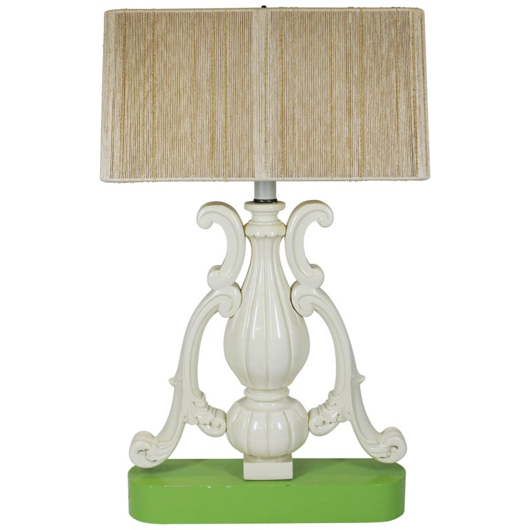 Hollywood Regency Vase Shaped Table Lamp in Lacquered Wood For Sale