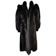 Holt Renfrew Alaskan seal fur coat with fox fur trim size 8