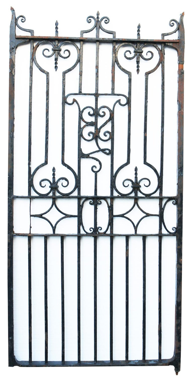 Home about Latest Items Delivery Contact Us Antique English Wrought Iron Garden In Fair Condition For Sale In Wormelow, Herefordshire