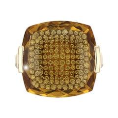 Honey Quartz and Diamond Studded Ring in 14 Karat Yellow Gold
