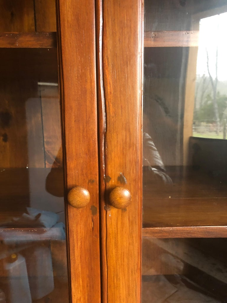 Honey Warm Wood Kitchen Cupboard Cabinet with Lots of Storage 4
