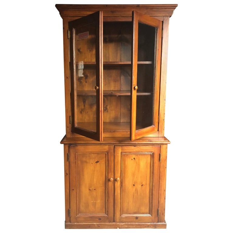 Honey Warm Wood Kitchen Cupboard Cabinet with Lots of Storage