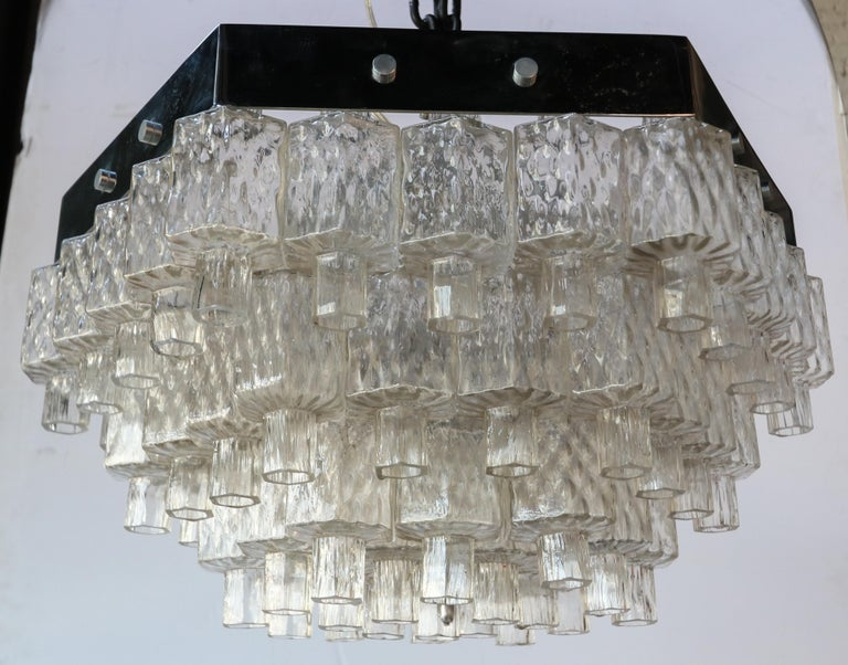Honeycomb 1960s Italian Chrome and Glass Chandelier For Sale 4