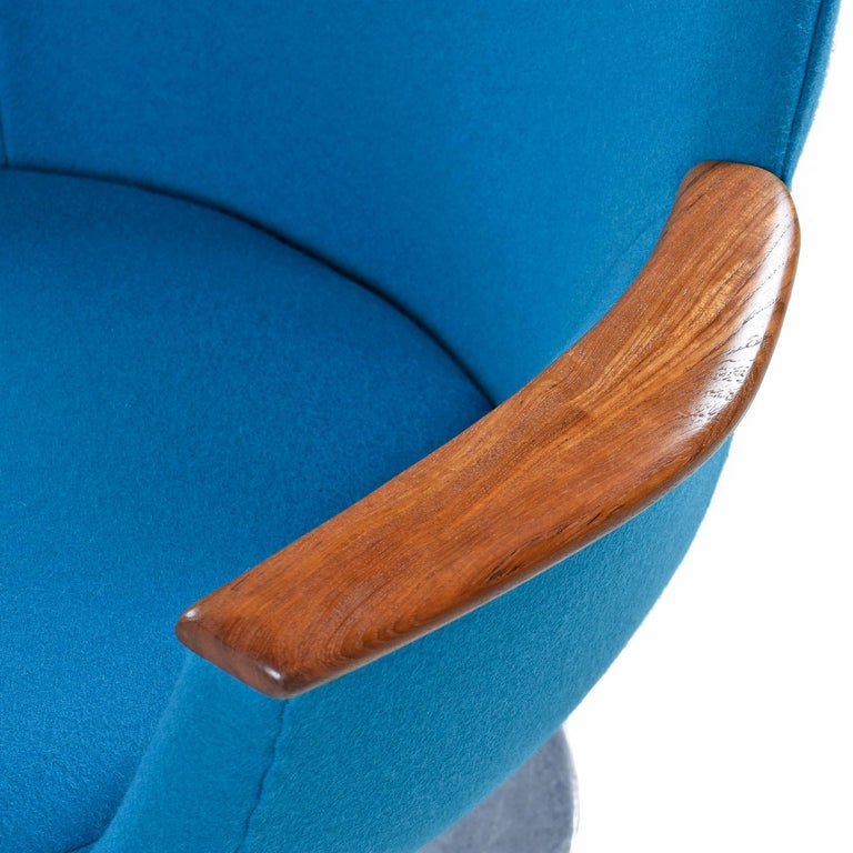 Hong Stole Danish Tulip Base Teak Arm Pod Chair Reupholstered Knoll Wool Fabric For Sale 1