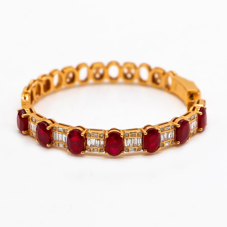 Modern Hoop Earrings 8.39 Carat Rubies and 1.14 Carat Diamonds 18 Karat Gold For Sale