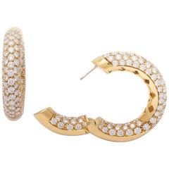 Hoops Earrings Diamonds on Yellow Gold