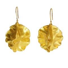 Hop Flower Gold Dangle Drop Earrings