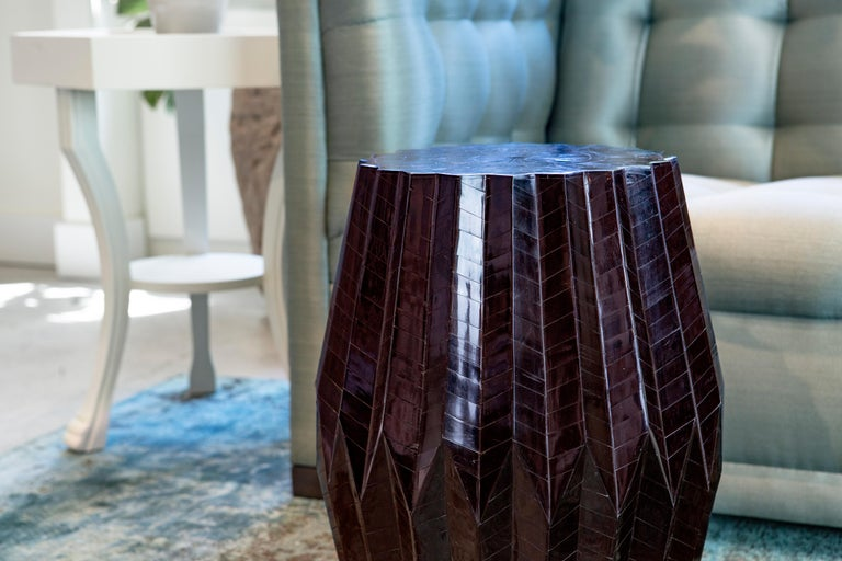 Contemporary Horn Tessellated End Table Tabla For Sale