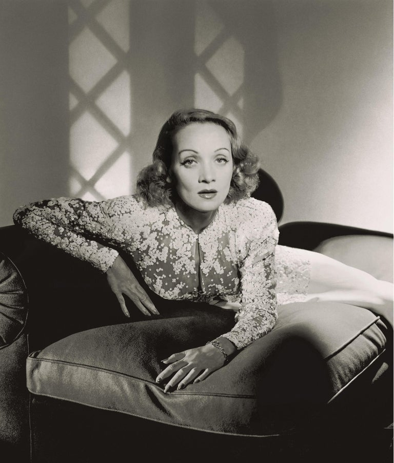 Classics - Marlene Dietrich, 1942, Large 1