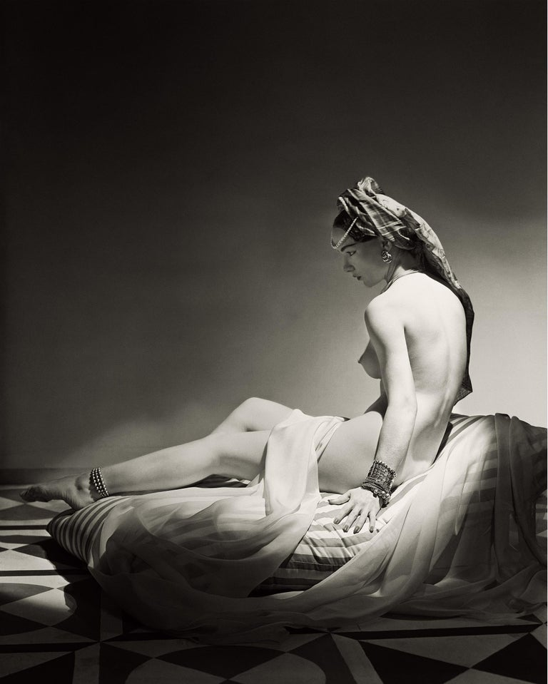 Classics - Odalisque II, 1943, Medium/Large 1