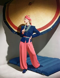 Fashion in Color - Helen Bennet, Ensemble Bergdorf Goodman, Small Print, 1939