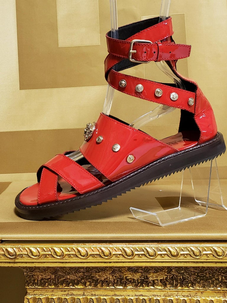 HOT!!! S/S'12 Look #32 VERSACE RED LEATHER SANDALS SHOES 44-11 In New Condition For Sale In Montgomery, TX