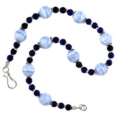 Gemjunky Hot Topic Necklace of Blue Lace Agate and Blue Agate