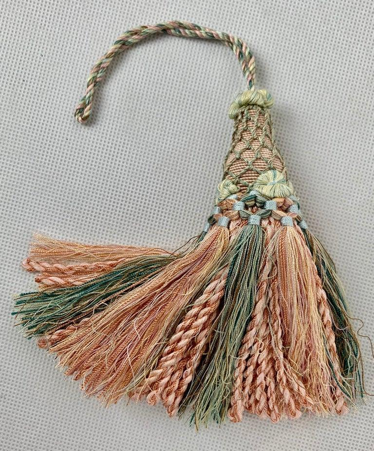 Houles of Paris Passmenterie Key Tassel in Peach In Good Condition In West Palm Beach, FL