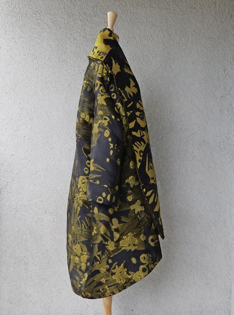 House of Poiret Runway Dramatic Oversized Cocoon Evening Coat   ONLY 1 LEFT   For Sale 2