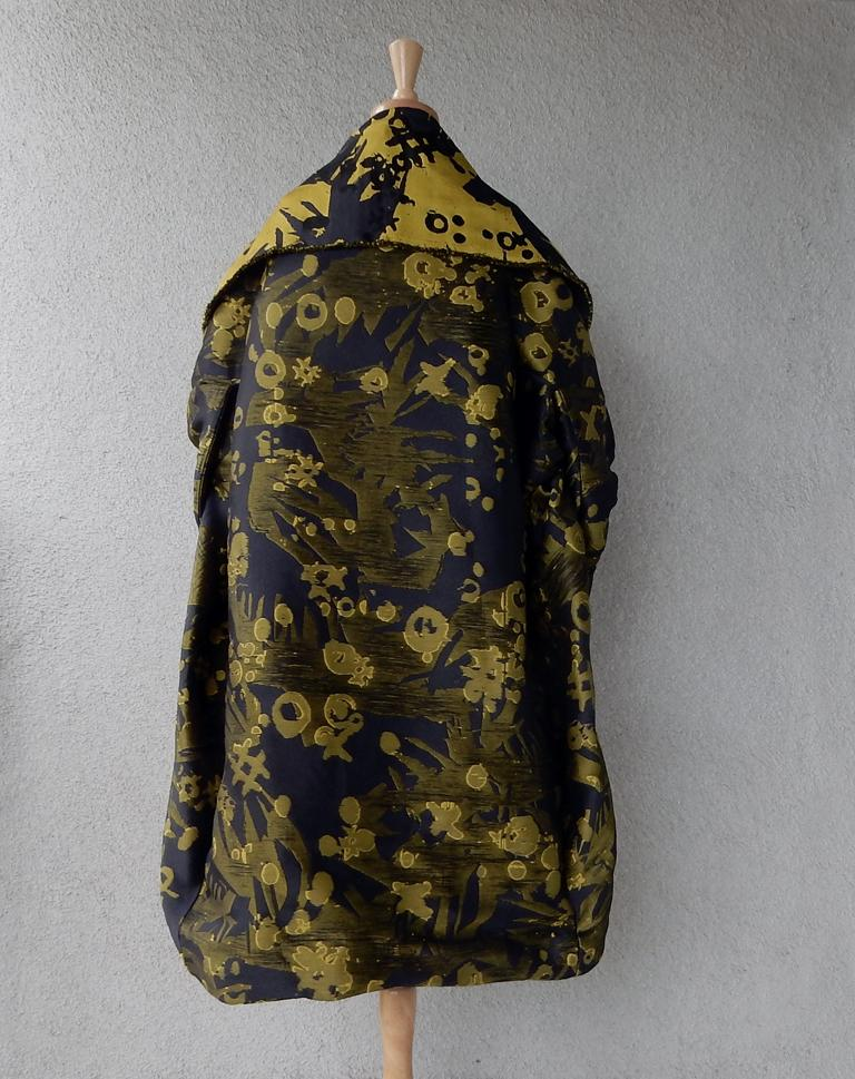 House of Poiret Runway Dramatic Oversized Cocoon Evening Coat   ONLY 1 LEFT   For Sale 4