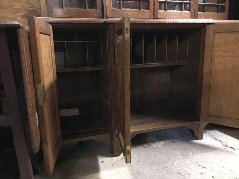 Howard & Sons Arts & Crafts Queen Anne Revival Oak Breakfront Library Bookcase For Sale 3
