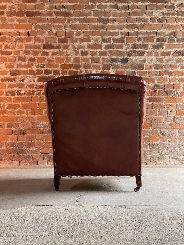 Howard & Sons Bridgewater Armchair, 19th Century, circa 1890 In Excellent Condition For Sale In Longdon, Tewkesbury