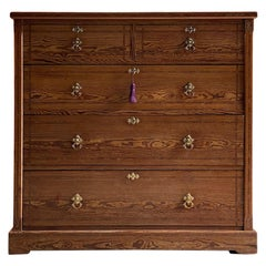 Howard & Sons Canadian Pitch Pine Chest of Drawers, London, circa 1865