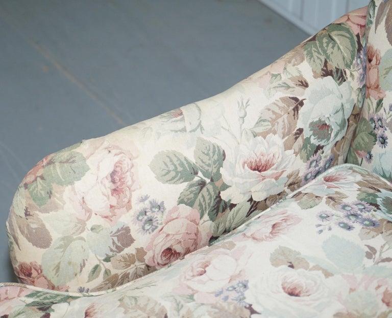Howard & Son's Fully Stamped Original Victorian Walnut Armchair Original Castors For Sale 1