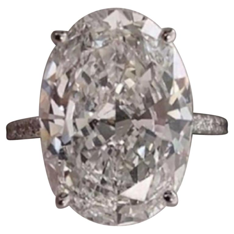 IMPORTANT GIA Certified 10.50 Carat Oval Diamond Engagement Ring F VS2 For Sale