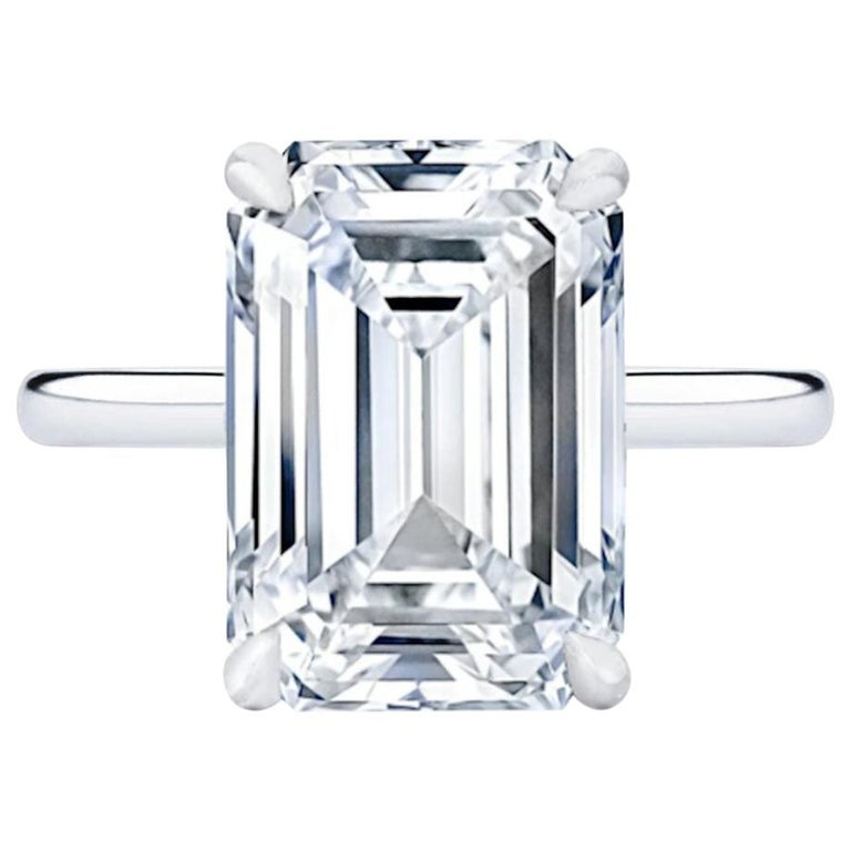 GIA Certified 3 Carat VVS Clarity F Color  For Sale