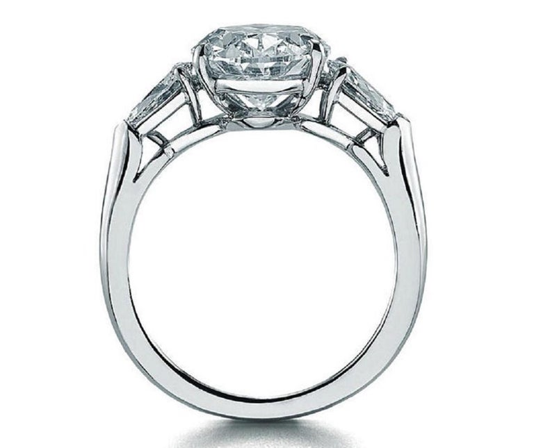 Oval Cut GIA 5 Carat Oval Diamond Ring G Color VS2 Clarity For Sale