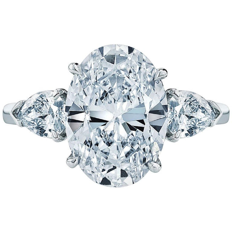 GIA 5 Carat Oval Diamond Ring G Color VS2 Clarity For Sale