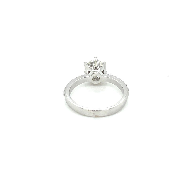 Women's HRD Antwerp Certified 1 Carat Diamond Gold Engagement Ring For Sale