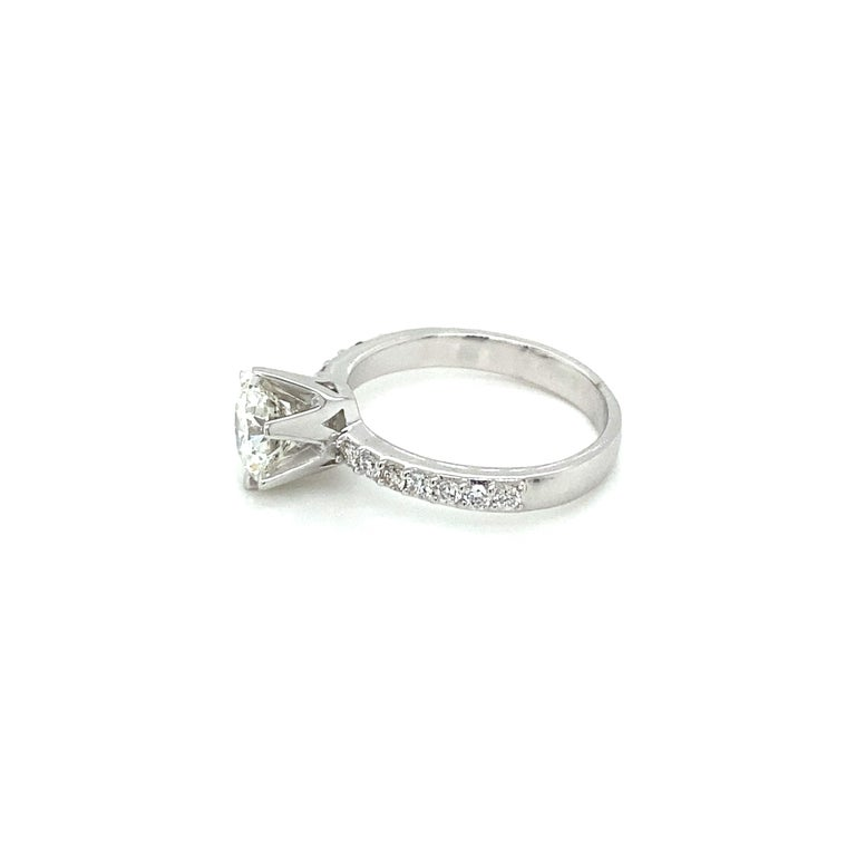 HRD Antwerp Certified 1 Carat Diamond Gold Engagement Ring For Sale 1