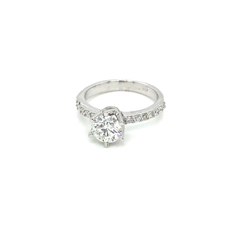 HRD Antwerp Certified 1 Carat Diamond Gold Engagement Ring For Sale 3
