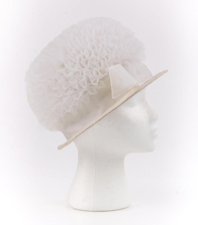 Women's HUBERT de GIVENCHY Adaptation c.1950's Gathered Tulle Velvet Ribbon Cloche Hat For Sale