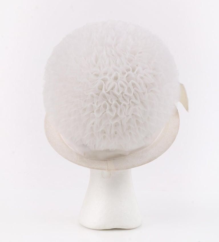 HUBERT de GIVENCHY Adaptation c.1950's Gathered Tulle Velvet Ribbon Cloche Hat For Sale 1