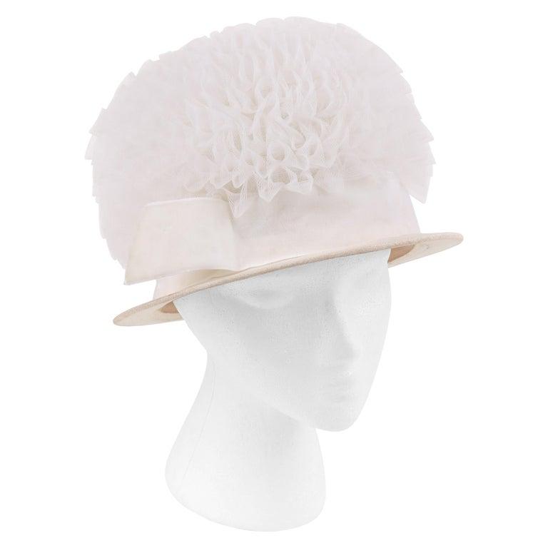 HUBERT de GIVENCHY Adaptation c.1950's Gathered Tulle Velvet Ribbon Cloche Hat For Sale