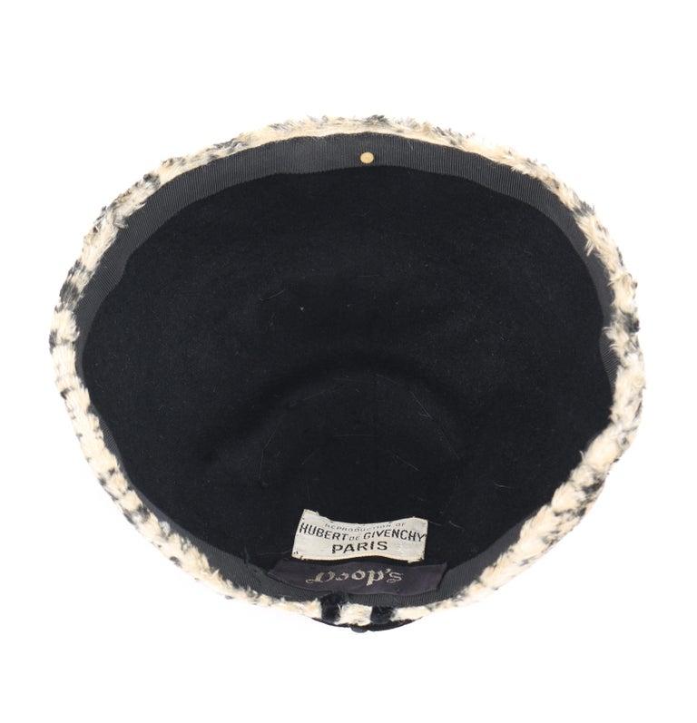 HUBERT de GIVENCHY c.1950's Silk Velvet Juliette Calot Cap Hat For Sale 3