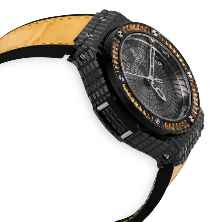 Stainless steel/black ceramic case and baguette citrine gemstone bezel Self-winding movement Calibre HUB1112 Reference Number: 346.CD.1800.LR.1915 Scratch-resistant sapphire with anti-reflective treatment Dial:  Polished black ceramic