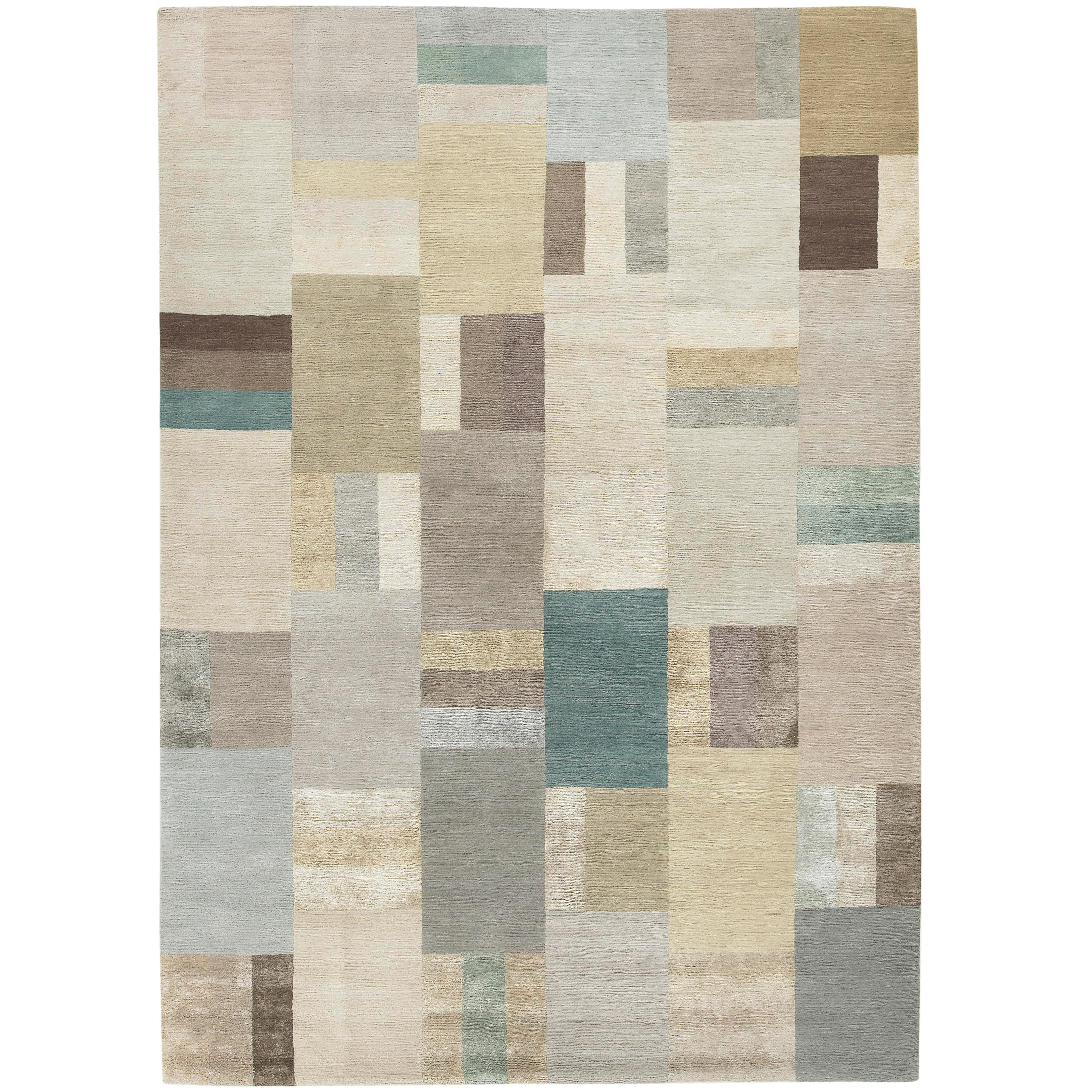 Hue Pale Hand-Knotted 10x8 Rug in Wool and Silk by Christopher Sharp