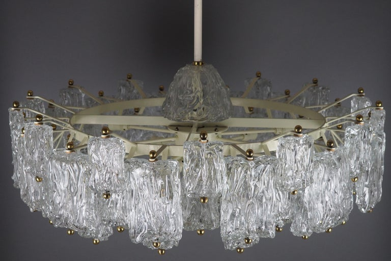 Huge 16-Light Chandelier by Aureliano Toso, Italy, circa 1960s For Sale 5