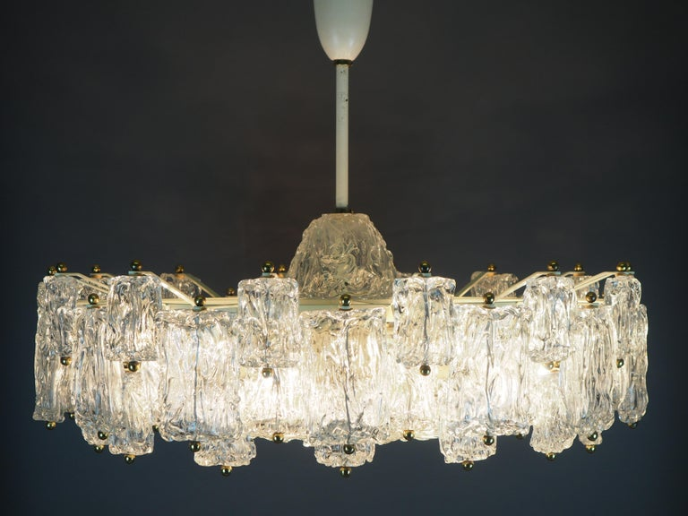 Huge 16-Light Chandelier by Aureliano Toso, Italy, circa 1960s For Sale 11