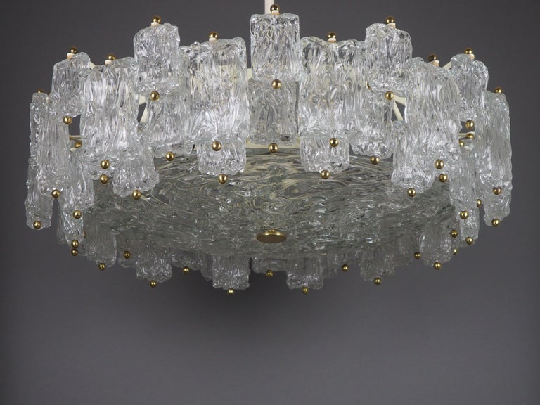 Mid-Century Modern Huge 16-Light Chandelier by Aureliano Toso, Italy, circa 1960s For Sale