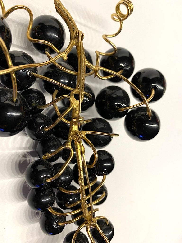 Huge 1980s Black Grape Bunch Brooch For Sale 8