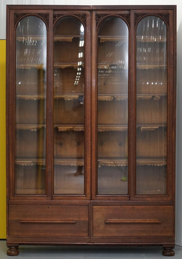 We are delighted to offer for sale this huge solid English oak handmade Library bookcase with base drawers.  This is a rare and substantial piece of furniture, it is massive, just under 8 feet tall, its as solid as you could possibly hope to find,