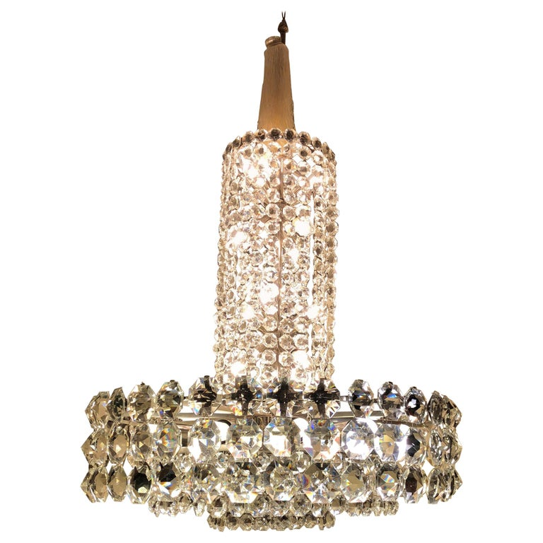 Huge Beautiful Crystal Chandelier by Bakalowits & Söhne Vienna, 1960s For Sale