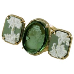 Huge Bronze Ring with Wedgwood and Green Murano glass carved.